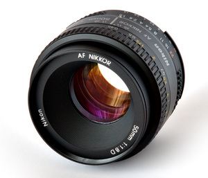 Обзор объектива Nikon 50mm f/1.8 D