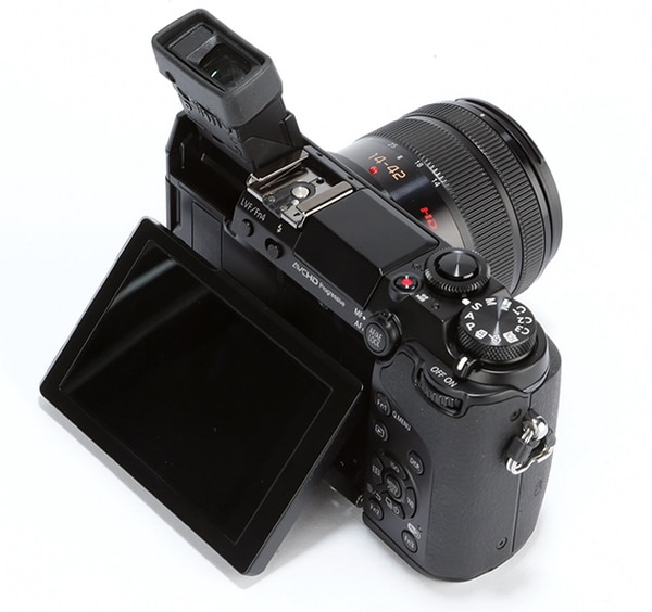 Panasonic-Lumix-GX7-product-shot-1